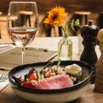 Food Pairing: How to Combine Wine and Salmon