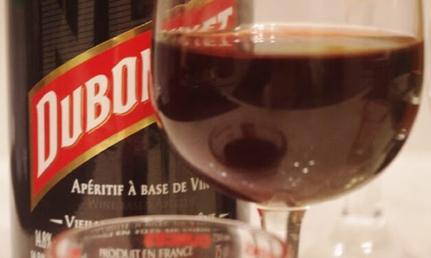 What Is Dubonnet and How Does It Taste?