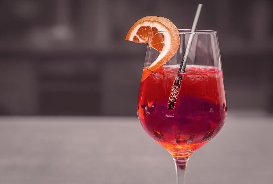The Best Red Wine Cocktails for Your Party