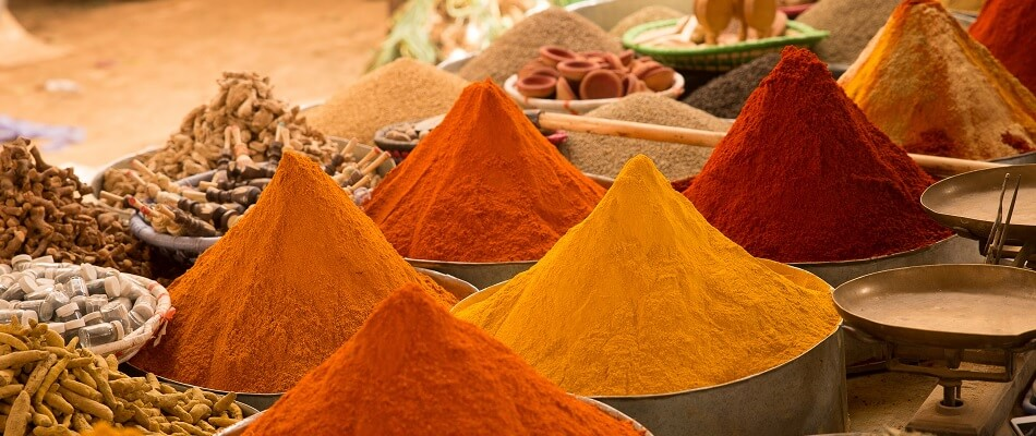 Various types of Curry Powder on a Market