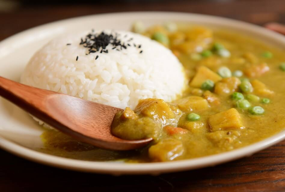 Food and Wine: Which Wine Goes with Curry?